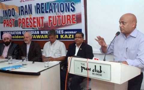 MUMBAI June 08 :- Col. Sudhir Sawant addressing in Press Conference regarding  Indo-Iran Relations of Future in Press Club in Mumbai. ( pic by Ravindra Zende )